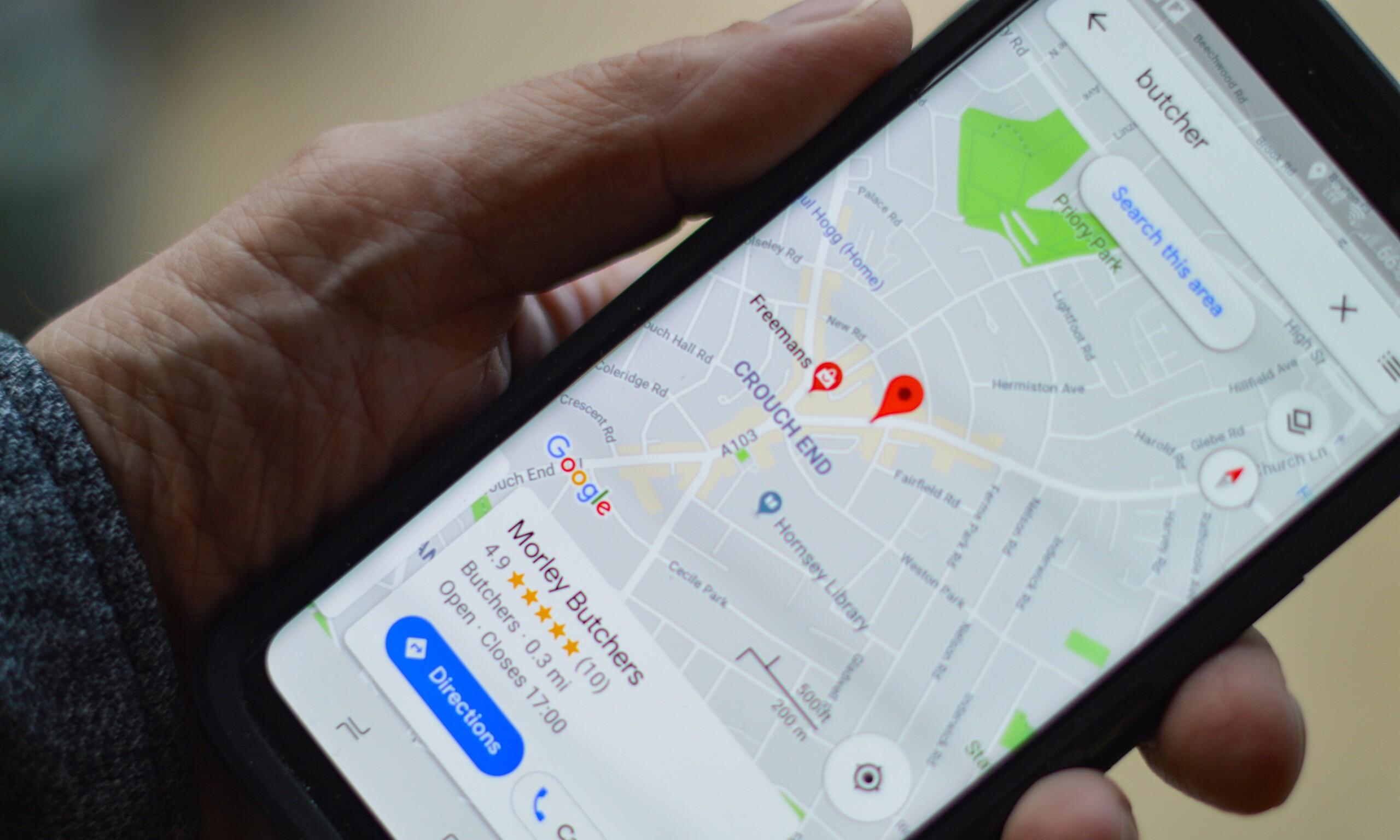 Google Maps auf Smartphone.